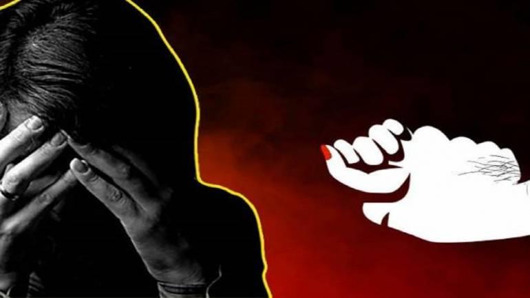 चिनजानकै व्यक्तिबाट बलात्कार
