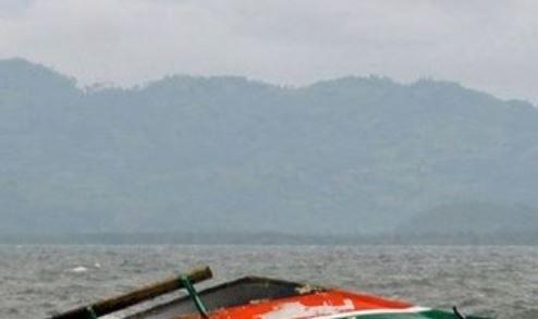 मध्य इन्डोनेसियामा डुङ्गा दुर्घटना, १७ जनाको मृत्यु